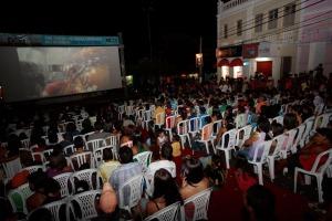 Patrocinado pelo SESI, o projeto já passou por nove estados apresentando filmes em municípios que não possuem salas de projeção em funcionamento